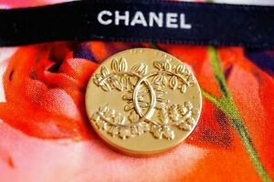 100-Auth-One-Chanel-button-1-pieces-cc-logo-24-mm-1-inch-XXL-gold