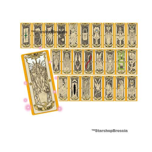 La tarjeta de Sakura, la tarjeta de clon, la lámpara.