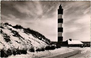 CPA-BERCK-PLAGE-Le-Phare-vu-des-Dunes-376043