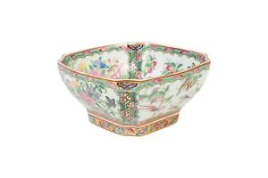 Cute-Oriental-Rose-Medallion-Porcelain-Square-Bowl-7-034