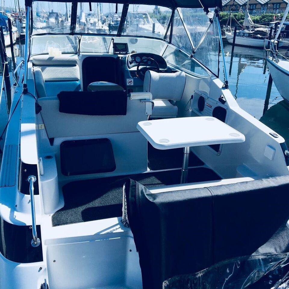 wellcraft Excel 24 240 23 se, Motorbåd, årg. 1993