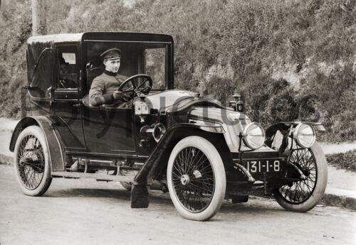 37 repro photo Automobile voiture ancienne an.1910 Renault type à identifier