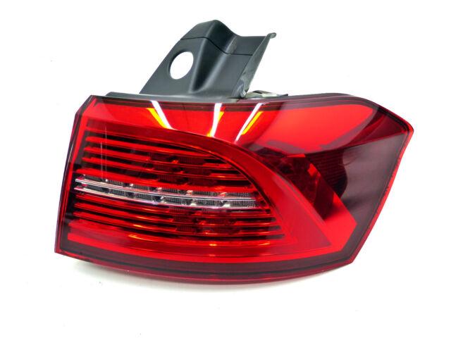 Orig. VW Passat Variant B8 3G Feux Arrières Extérieur,Droit LED 3G9945208