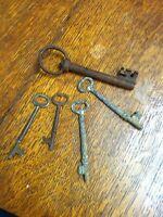 Vintage Key Lot / 5 Antique Skeleton Keys