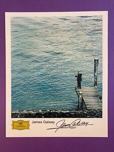 Sir James Galway 20x25 cm (8x10 Inch) Signiertes Foto. Autogramm / Autograph