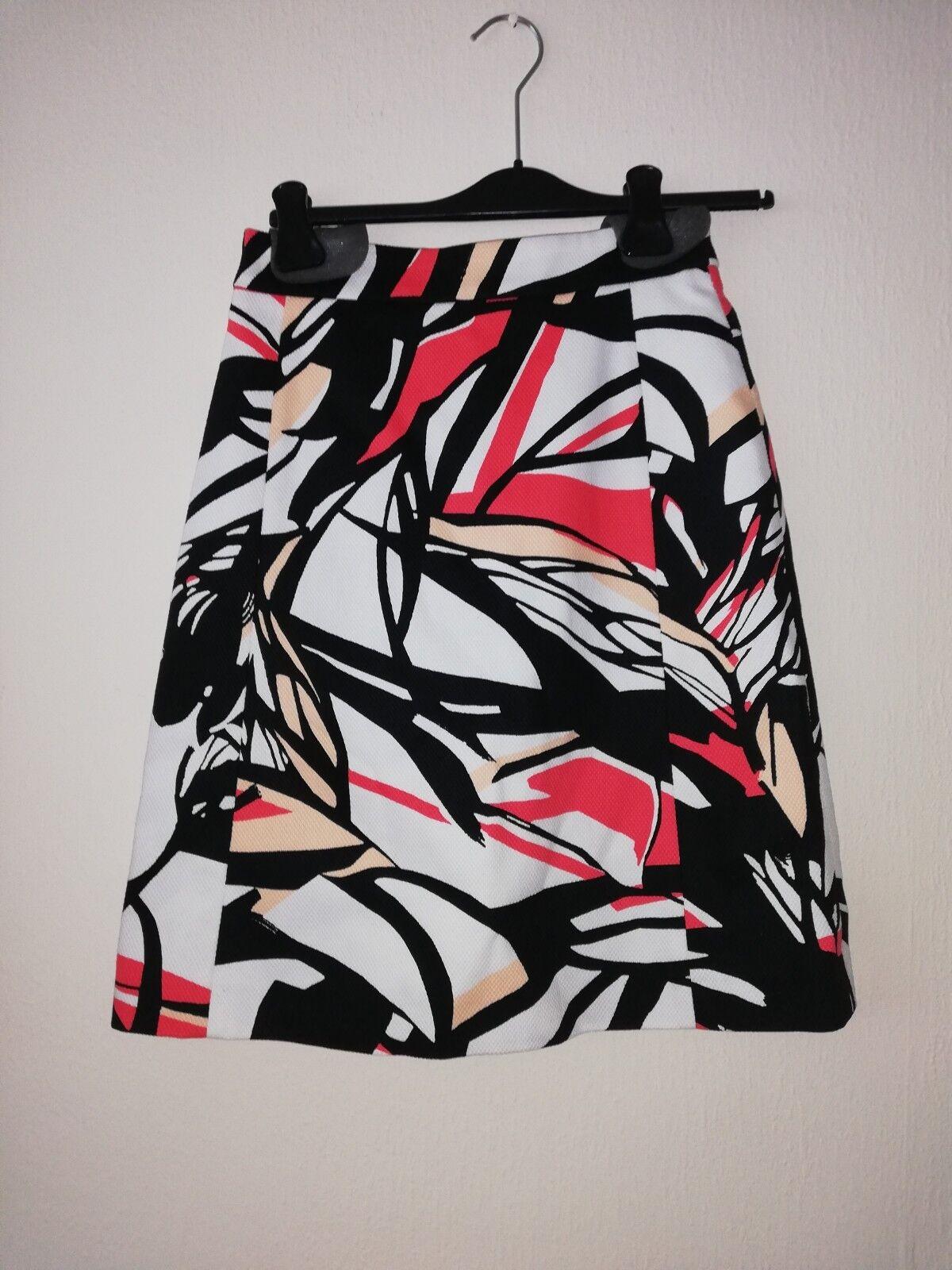 Hugo boss skirt (New with tags)