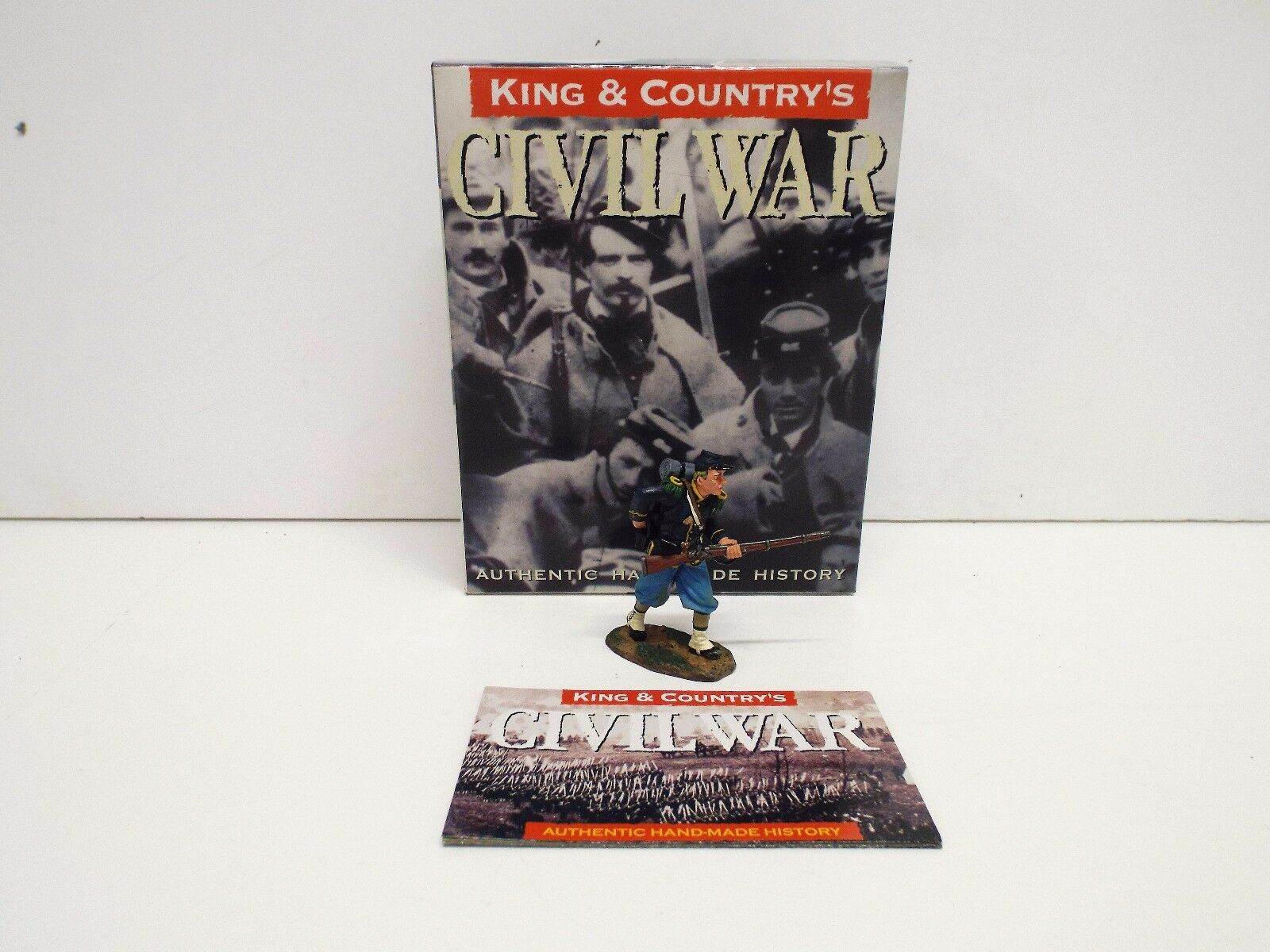 KING AND COUNTRY CW33 ACW UNION STANDING LOADING RETIRED BOXED (BS2120)