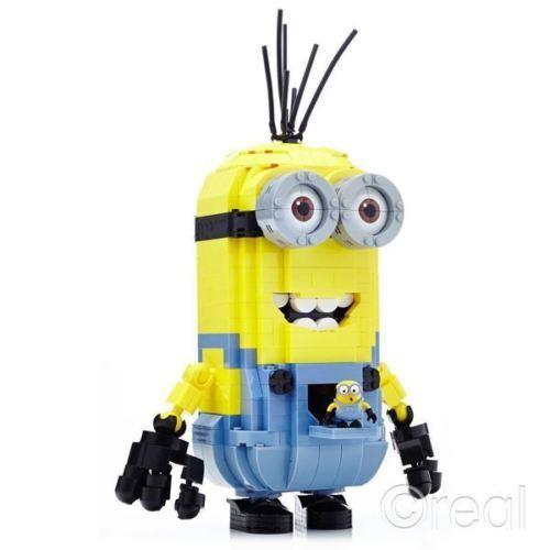 Mega Bloks Build A Minion Giant Kevin Kevin Kevin + Mini Bob 15 Inches High  776 Pieces  675e57