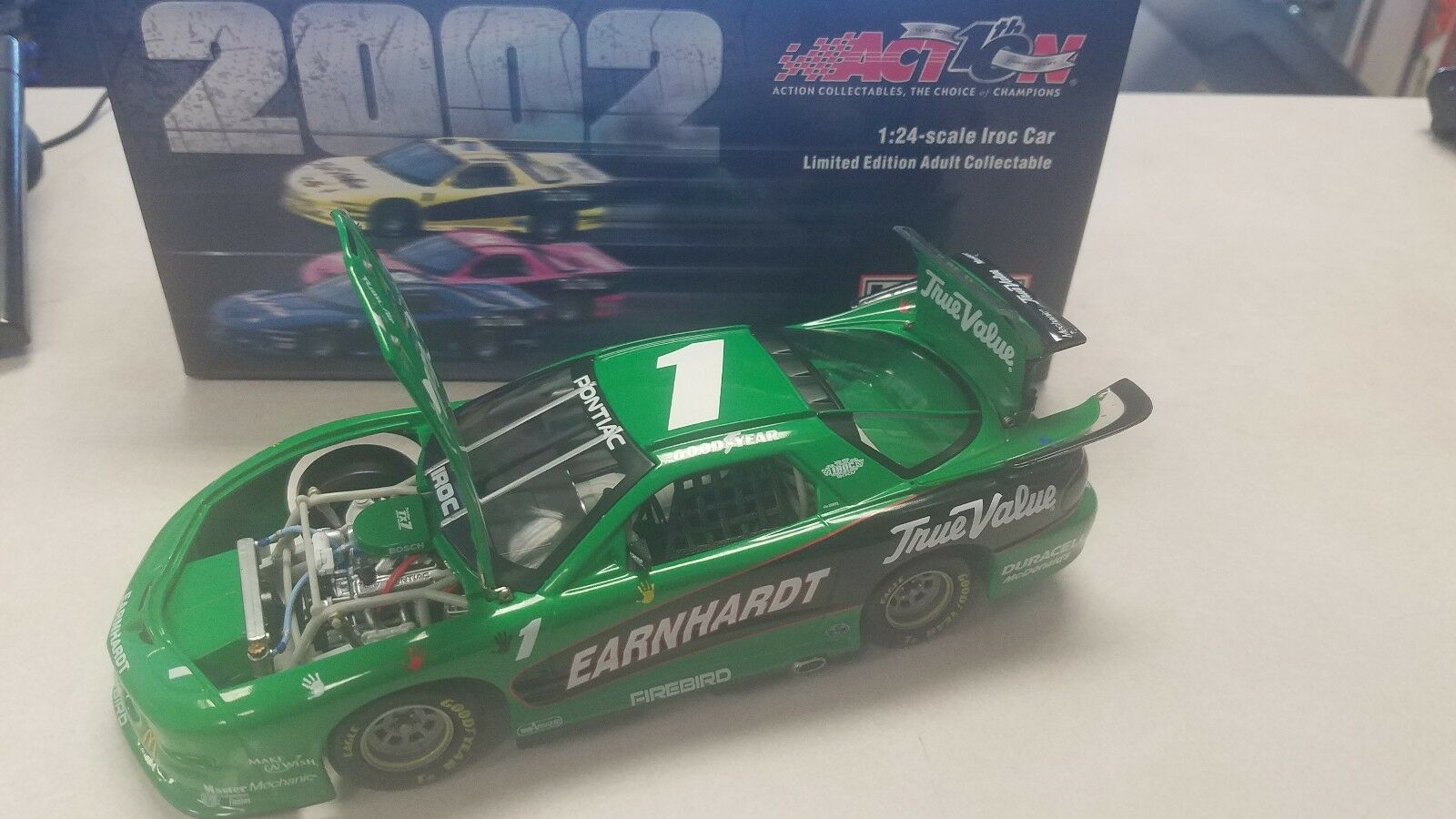 Dale Earnhardt 2001 Iroc Make A Wish Vert 1 24 Action Firebird Voiture