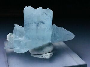 collection-specimen-of-aquamarine-with-small-garnat-pakistan-nagar-47-g