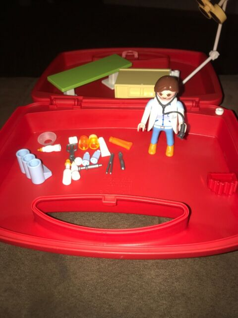 Playmobil #5653 Vet Visit Carry Case -used