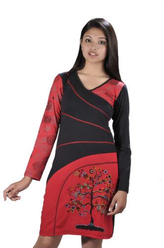 Tattopani vestido de manga larga con diseño de cuello en V y bordado de árbol