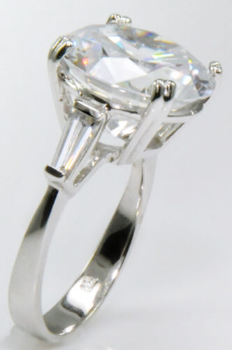 10 ct Extra Brilliant Top Russian Quality CZ Moissanite Simulant Size 5