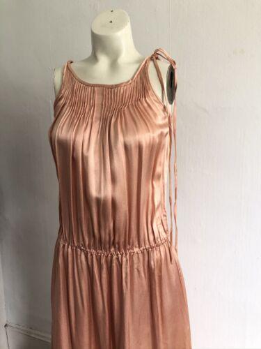 Vintage 1930s Bubblegum Pink Silk Satin Shoulder T