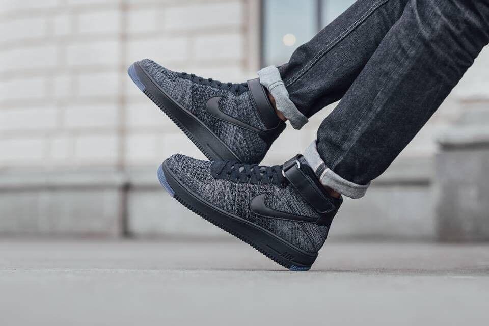 NIKE AIR FORCE 1 ULTRA FLYKNIT MID Triple Noir Dark Gris Ice Hommes sz 15 Chaussures
