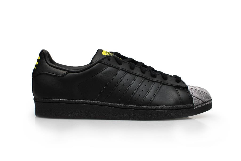 Para hombre Adidas Superstar Superstar Adidas Pharrell supersh-S83360-negro amarillo tenis db6264