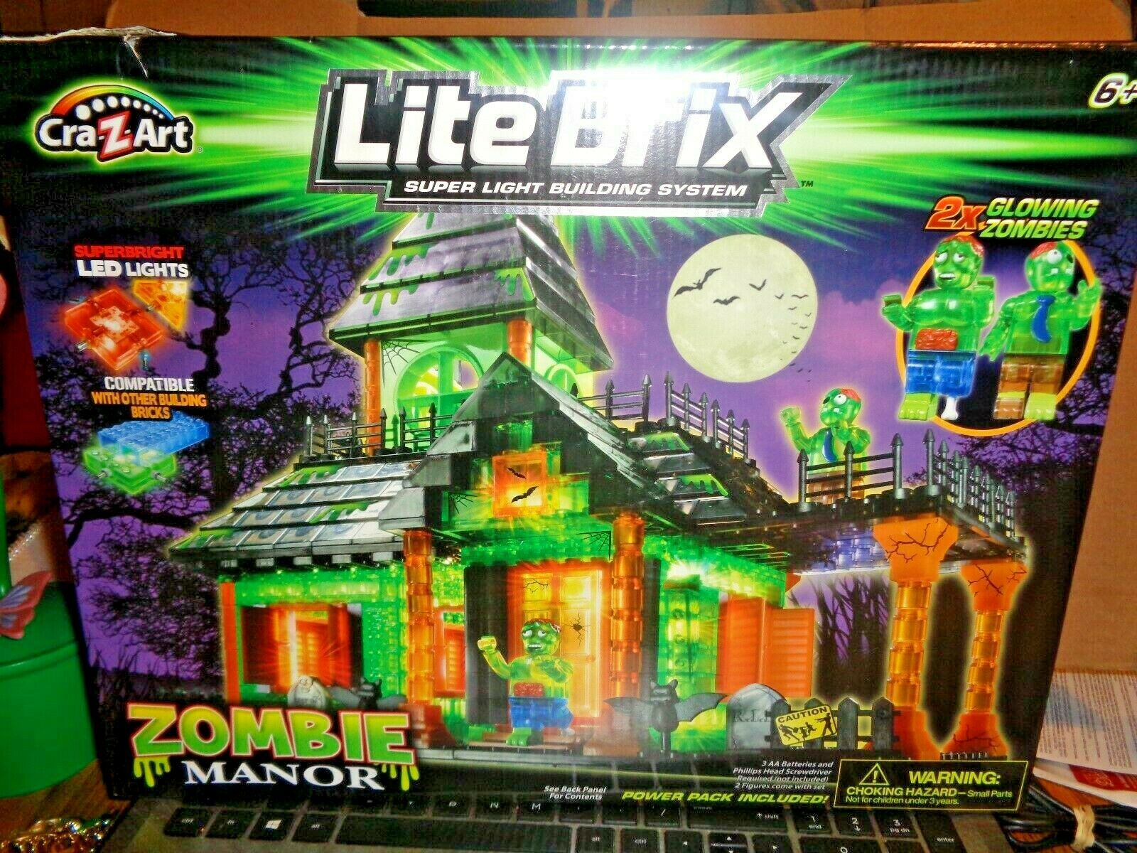 NIB  CRA-Z-ART LITE BRIX ZOMBIE MANOR LED LIGHTS RARE-HARD TO FIND Gift