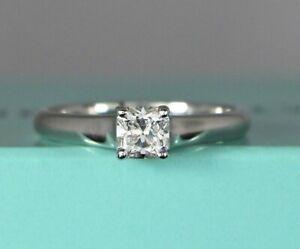 5ba5f4d134b1 Tiffany Co G VVS1 Lucida Platino .49ct Anillo de Compromiso Diamante ...