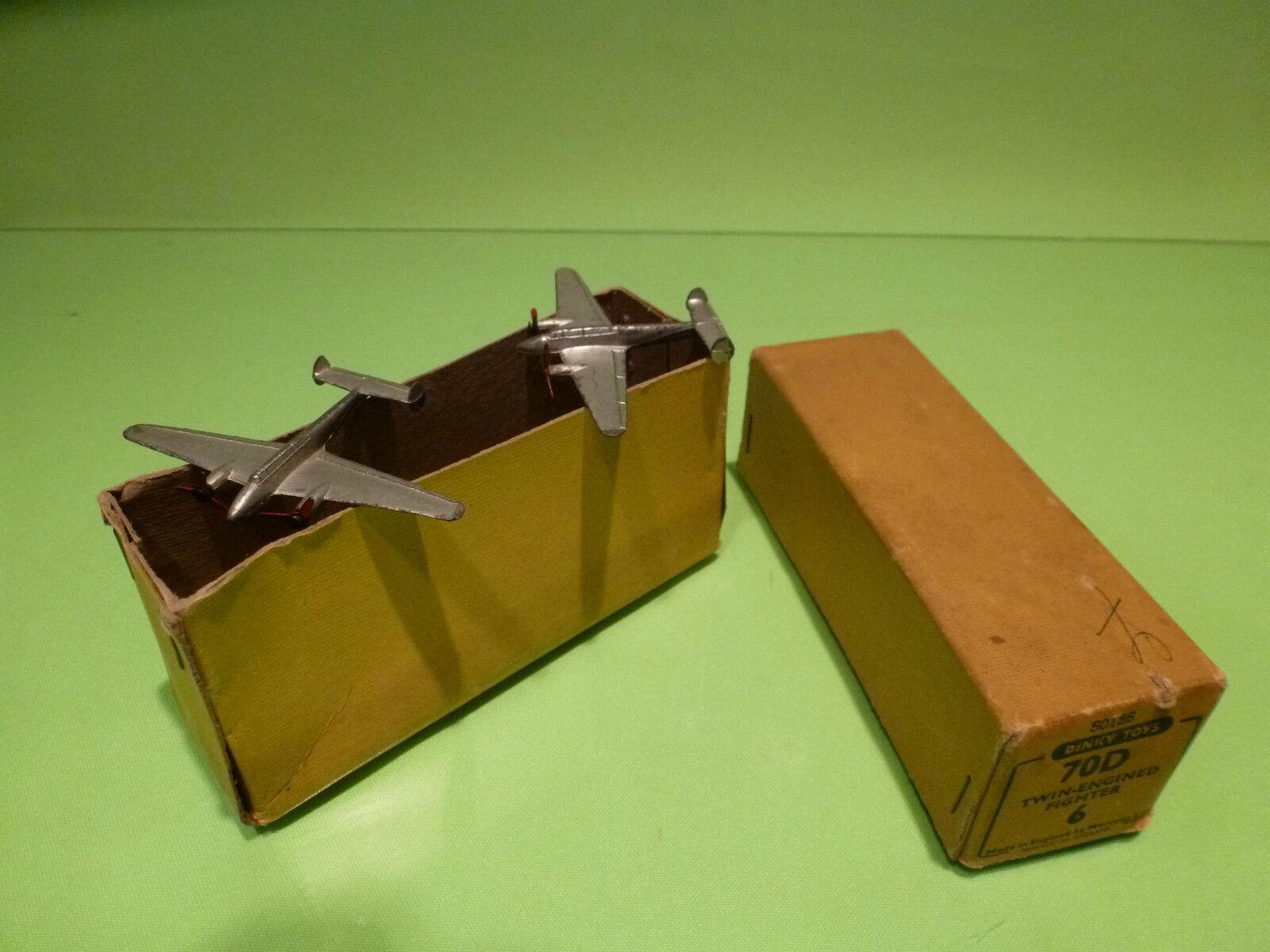 Schäbiges spielzeug 70d 2x zweimotoriger kämpfer - gut in der box