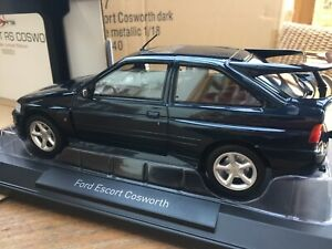 NOREV-182776-182777-FORD-ESCORT-RS-COSWORTH-road-car-white-petrol-blue-1992-1-18