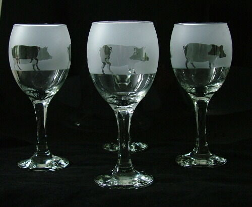 Boxed Pig Gift Wine Glasses set of four