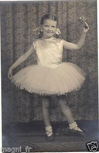 Photographie-ancienne-Danseuse