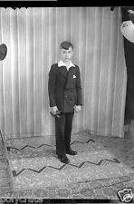 Portrait studio jeune garçon communiant - Ancien négatif 13x18 photo an. 1920 30