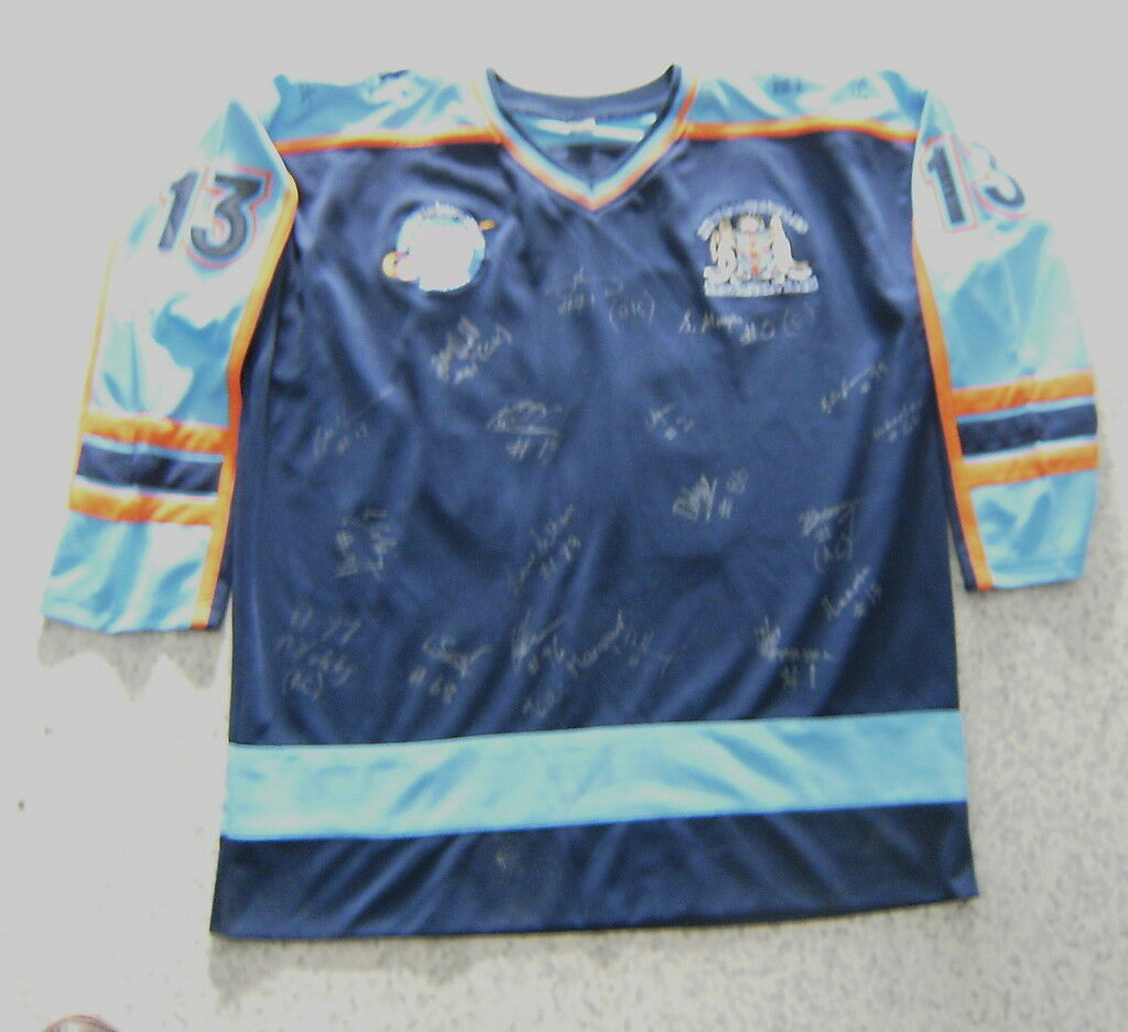 CL8. 2007  SIGNED  NEW SOUTH WALES  BROOMBALL TEAM JERSEY