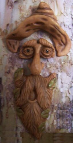 Garden Accent Tree Face Long Face Hank Wall Fence Shed NEW wood toned polyresin