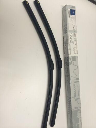Genuine Mercedes-Benz Clase C 204-Frente wiper blades A2048202200 Nuevo *