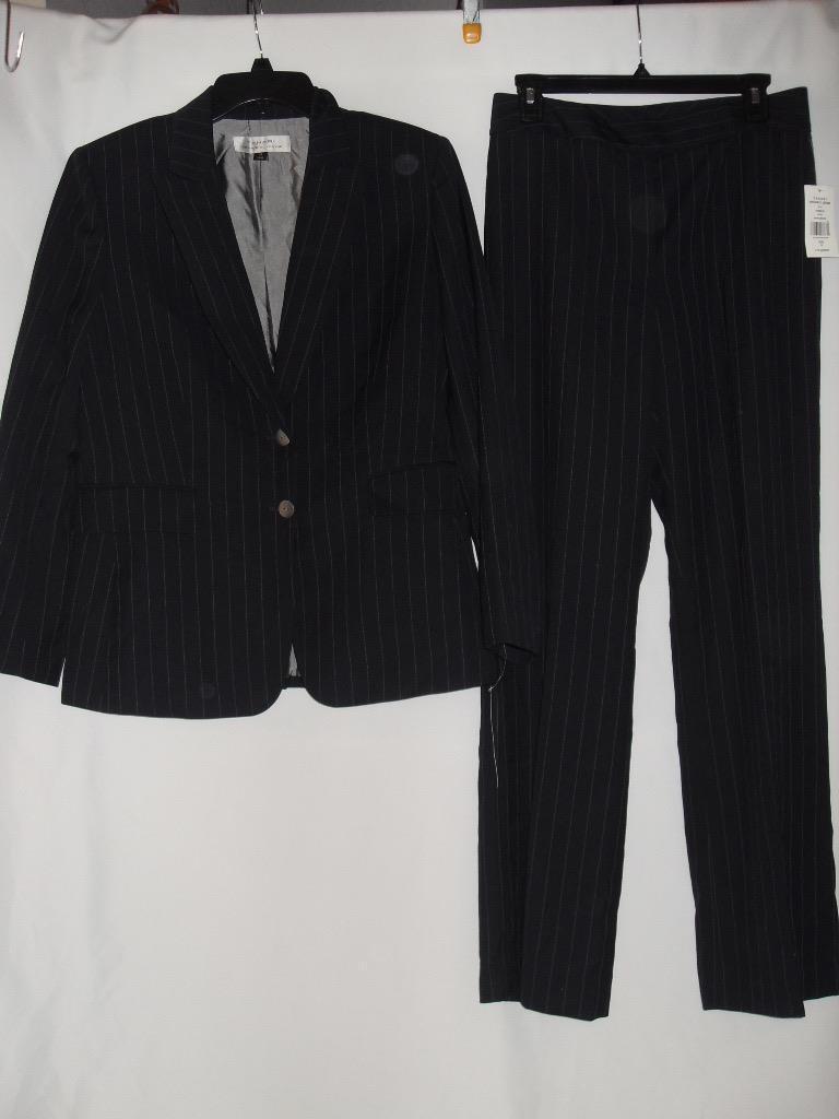 New Women's Tahari Blazer Pant Suit - bluee Pinstripe - Size  6, 14 - NWT  290.00
