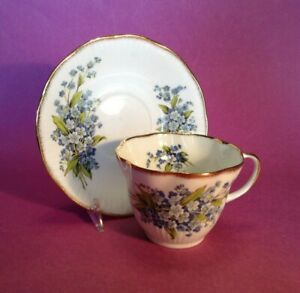 Queen-039-s-Tea-Cup-amp-Saucer-White-amp-Blue-Forget-Me-Nots-Staffordshire-England