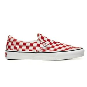 New-Vans-Classic-Slip-On-Blur-Check-True-White-Red-Sneakers-Skate-Shoes-2020
