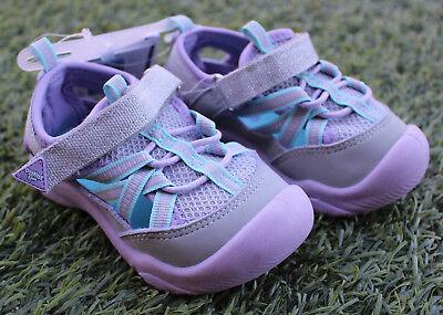 NEW OshKosh B/'Gosh Tod//12 Girl Zaria Ath Sport Sandal water shoe Silver//Purple
