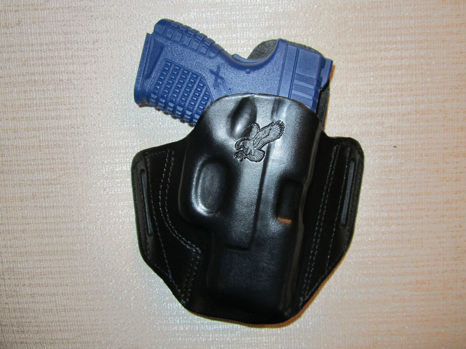 XDS 3.3,  9 MM & XDS 45 CAL.  formed Leder pancake owb belt holster