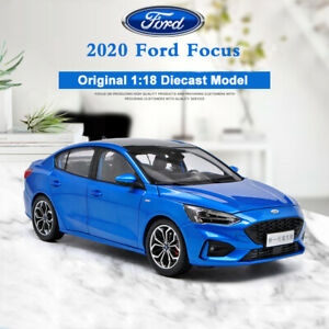 Original-Diecast-Metal-Car-Model-2020-All-New-Ford-Focus-in-1-18-Scale-Blue