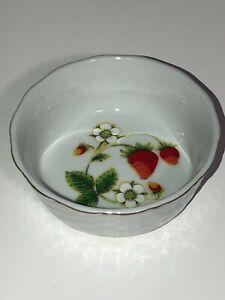 Vtg John Wagner & Sons Porcelain Strawberries Trinket Dish Japan Vanity Weave