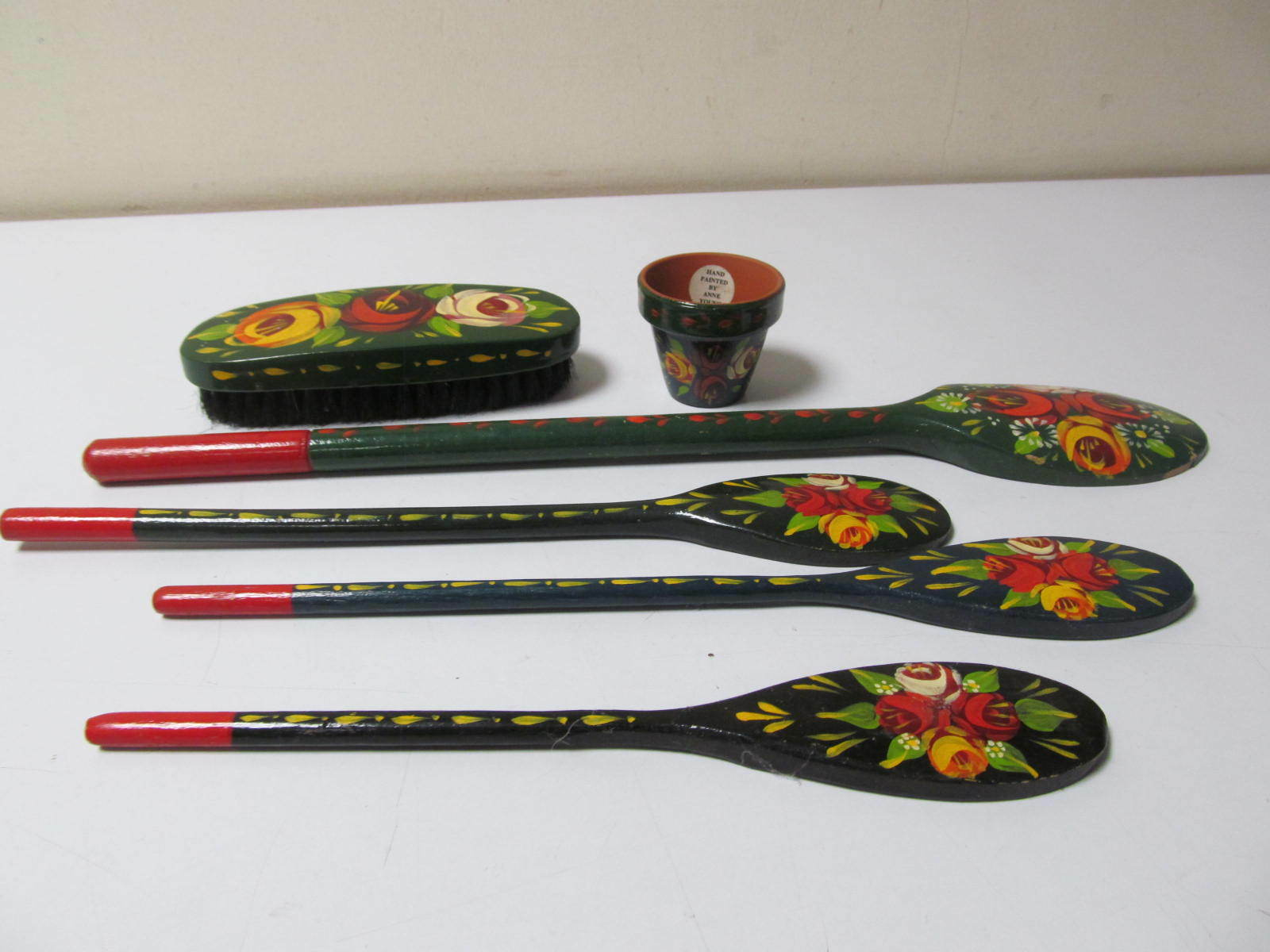 Canalware by Anne Young Very Rare Easter 4 x Spoon, Brush, 1 Pot, (GA164035)