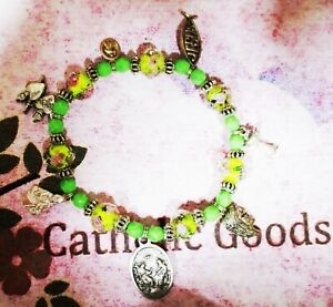 7-different-Medals-of-Jesus-Bracelet-pewter-with-Green-Yellow-Glass-Beads