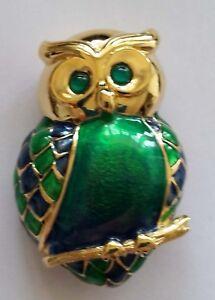 Vintage-Enamelled-Gold-Plated-Owl-on-branch-Brooch-green-amp-blue