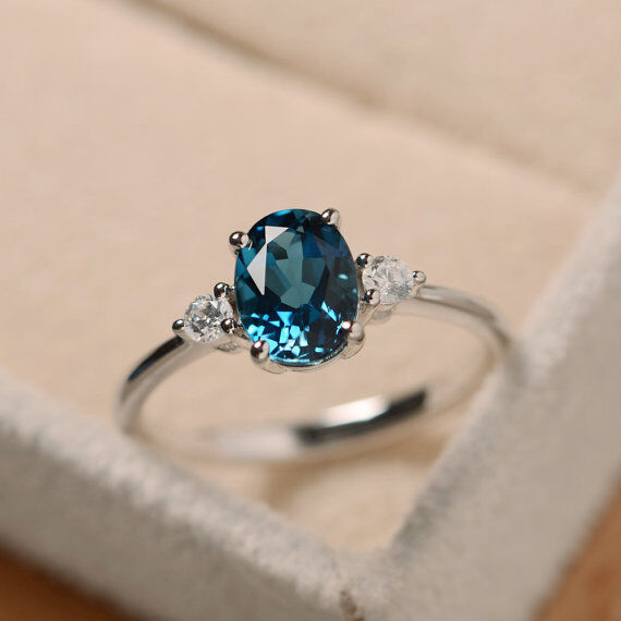 1.70 Ct Oval Cut Natural Diamond bluee Topaz Gemstone Ring 14K White gold Size M
