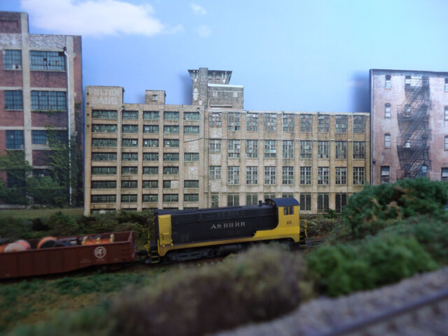 #219 N scale background building flat  FULTON BAGS  *FREE SHIPPING*