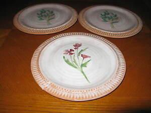 & Set of 3 Maioliche Jessica Salad Plates
