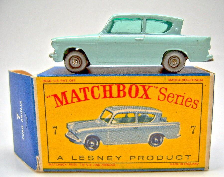 MATCHBOX rw 7b Ford Anglia H 'Bleu argenté roues top dans Box