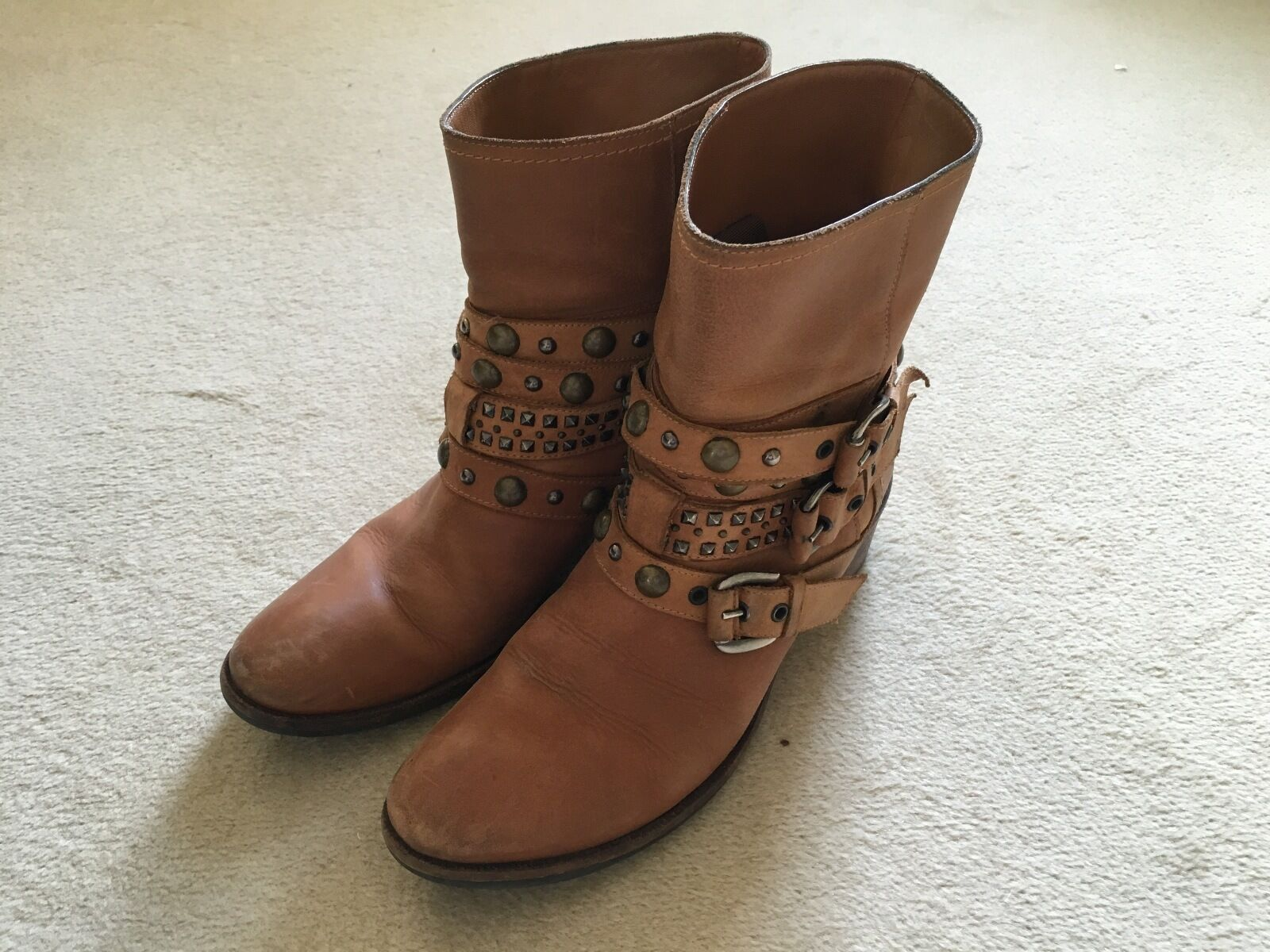 Grandes zapatos con descuento Russell & Bromley Tan Leather Rockafella Ankle Boots, size 5
