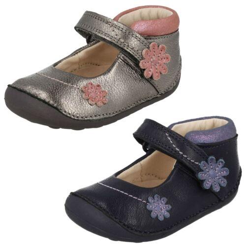 gris y con pequeñas 'little Metallic cuero cierre Fizzi' para Primeros Clarks de de niñas calzoncillos bucle gancho paqOI8xw4