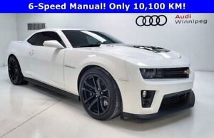 2015 Chevrolet Camaro ZL1 w/Recaro Seats & Exposed Carbon Hood *Low KM*
