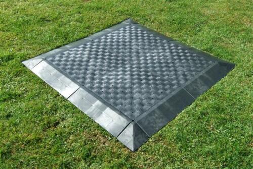 Bodenplatten aus Kunststoff Messeboden 4 Stück =1m² Zeltboden Campingboden