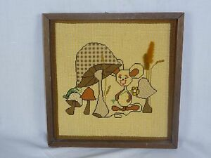 Vtg-Needlepoint-of-Mushrooms-and-Mouse-Framed-Kitschy-Fun