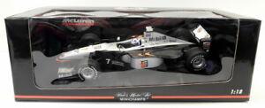 Minichamps-1-18-escala-Diecast-530-981807-McLaren-Mercedes-MP4-13-D-Coulthard